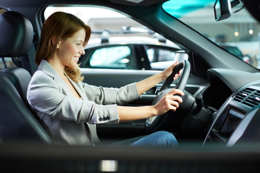 What are the car insurance rates by age and gender?